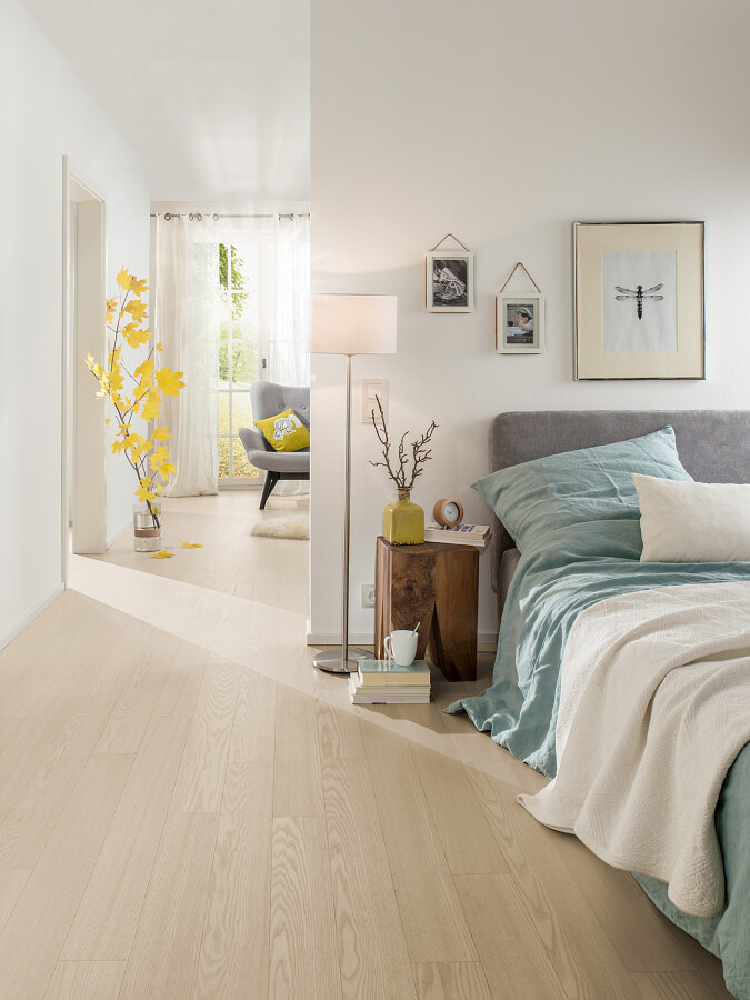 Wood Flooring With A Top Layer Of Hardwood Veneer Parky